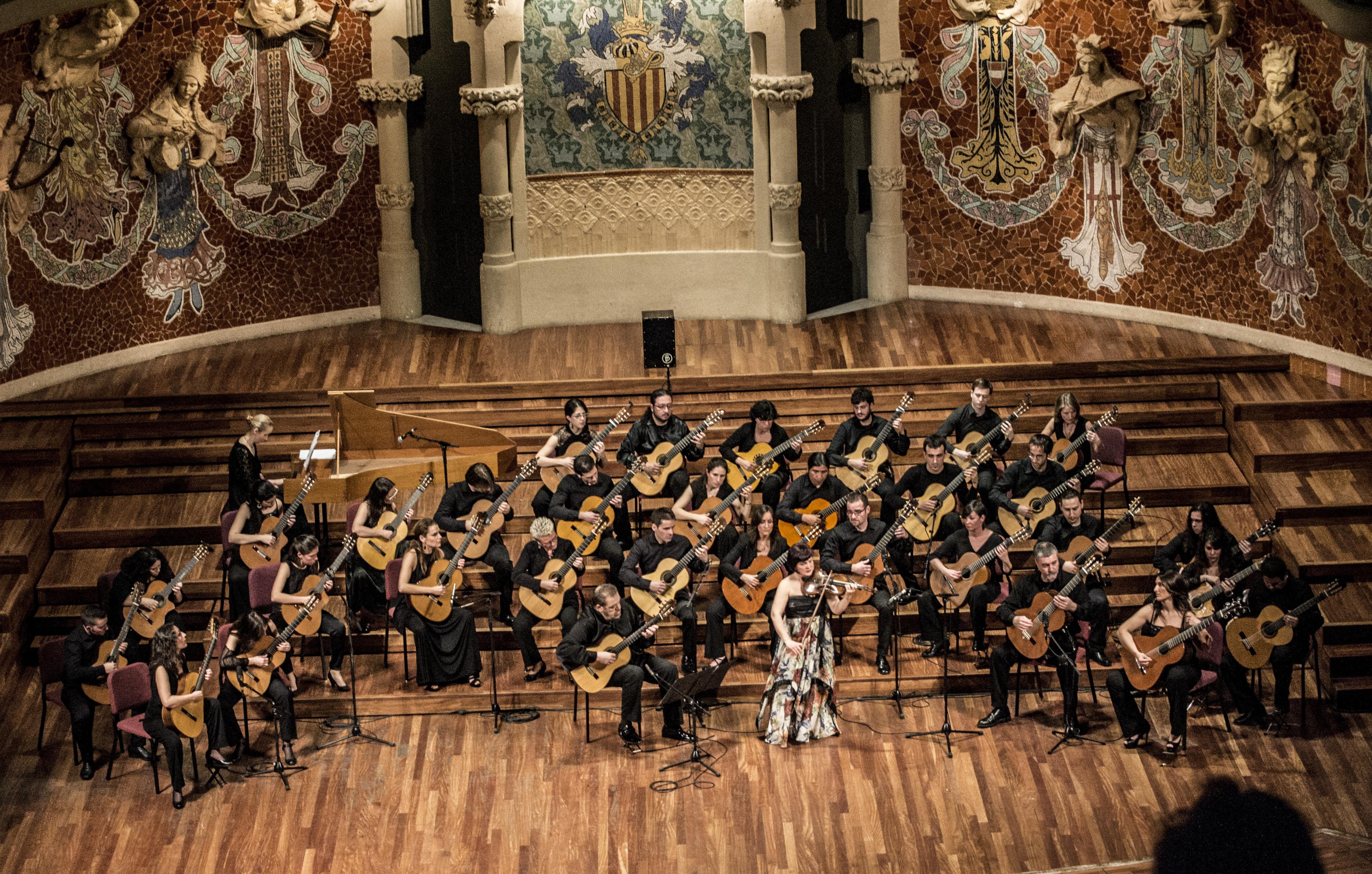 Orquestra Guitarres Barcelona Con Instrumentistas Invitados Palau De La Música Catalana