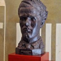 Bust Montsalvatge (c)Antoni Bofill