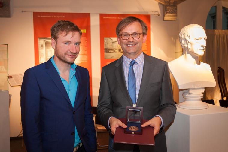 Medalla Simon Halsey