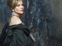 FLEMING, Renée (c) Decca-Andrew Eccles