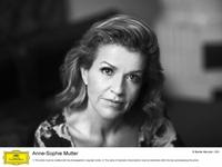 MUTTER, Anne-Sophie (c) Bartek Barczyk-DG