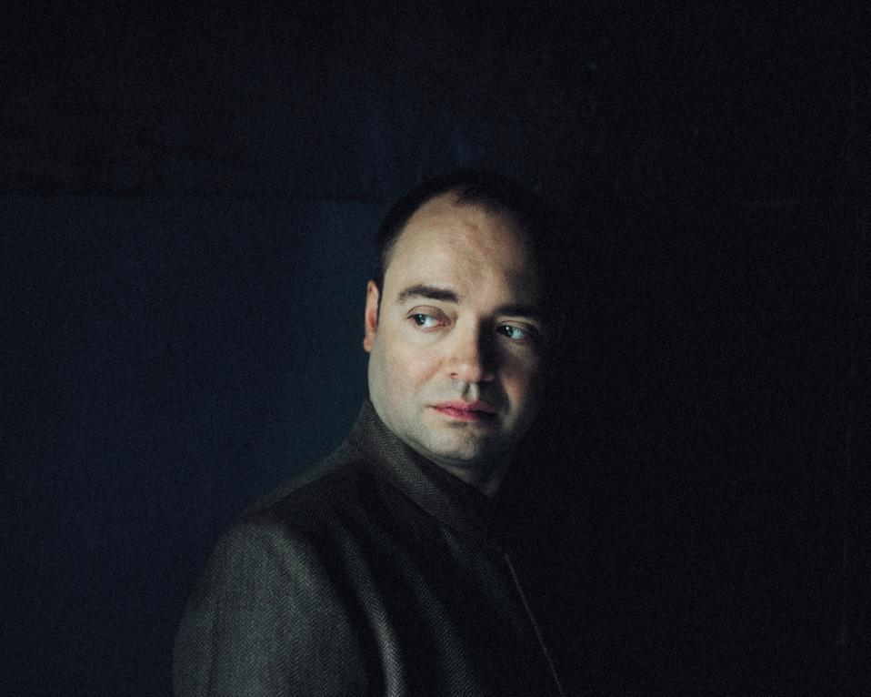 MELNIKOV, Alexander (c)Julien-Mignot