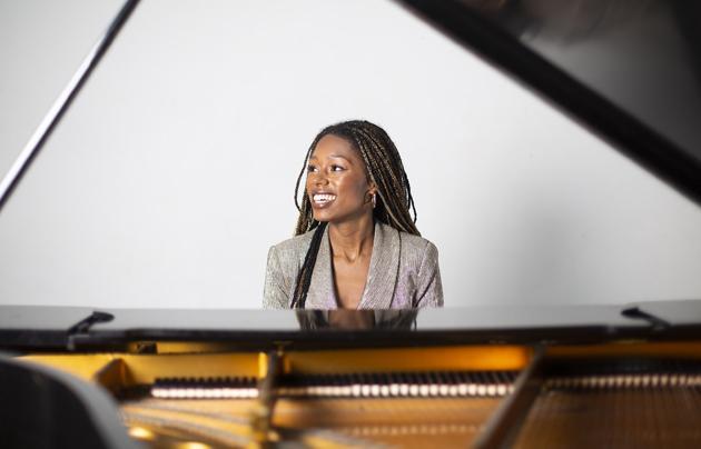 Isata Kanneh-Mason, piano